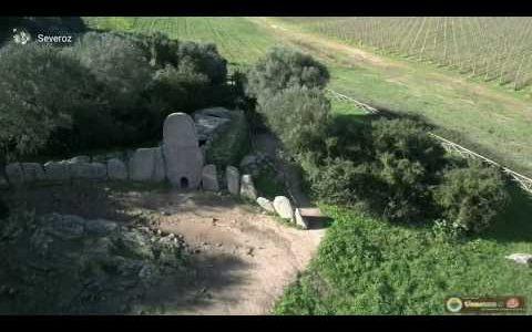 Tomba di Coddu 'Ecchju (Arzachena)